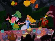 Alice-in-wonderland-disneyscreencaps.com-5233