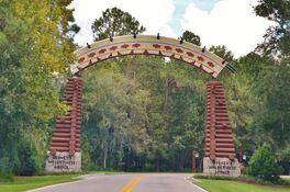 Disney-s-wilderness-lodge-entrance.jpg