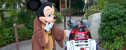 R2-mk-and-mickey