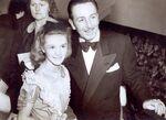 Walt and Kathryn London Premiere Large Web view