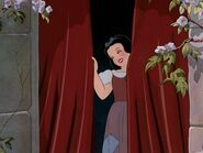 Snow-white-disneyscreencaps.com-564