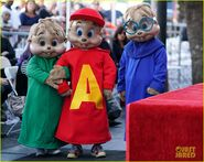 Alvin-and-the-chipmunks-receive-star-on-walk-of-fame-01
