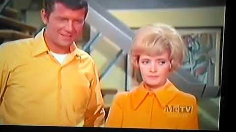 The Brady Bunch - 54-40 and Fight 5