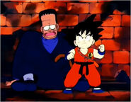 Goku protect Android 8 from Red Ribbon army