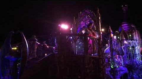 Final Villains Float Featuring Vampirina Frightfully Fun Parade Mickey's Halloween Party 2018