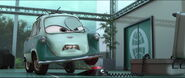 Cars2-disneyscreencaps.com-9718