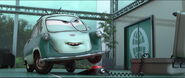 Cars2-disneyscreencaps.com-9817