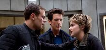 Insurgent-still-four-peter-tris-fi.jpg