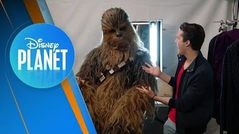 Chewbacca en el Set de Star Wars Los Últimos Jedi Disney Planet