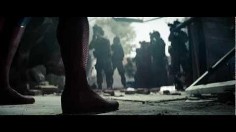 EL HOMBRE DE ACERO - Tráiler 2 doblado HD - Oficial de Warner Bros