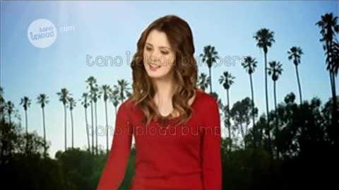 Laura Marano (Austin y Ally) - Estás viendo Disney Channel Latino - Bumper 2015
