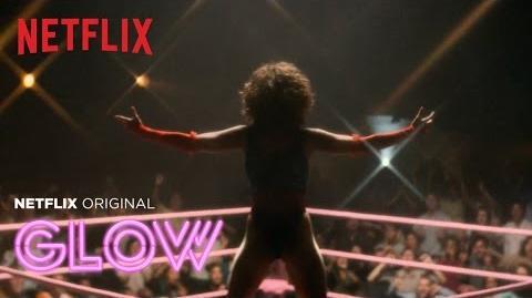 Glow - Trailer en Español HD