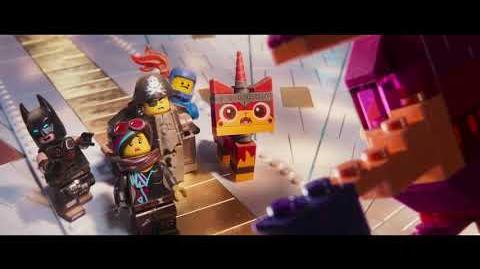 """LA GRAN AVENTURA LEGO 2 - CONOCE NUESTROS MOVIMIENTOS 15"""" - Oficial Warner Bros Pictures"""