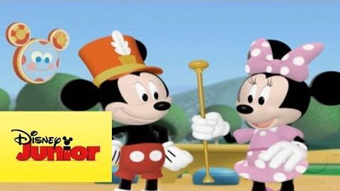 Mousekejercicios El desfile de Minnie