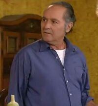 Cesar Izzaguirre en Tv.jpg