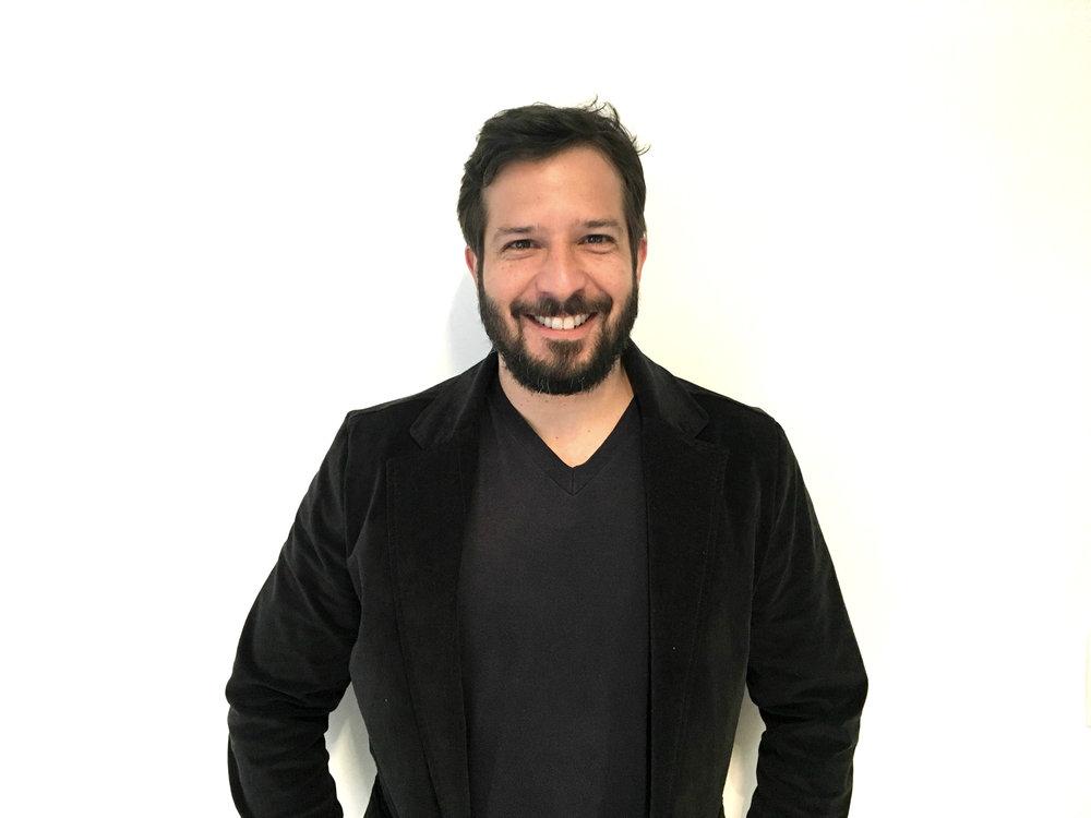 Tatsu Carvalho