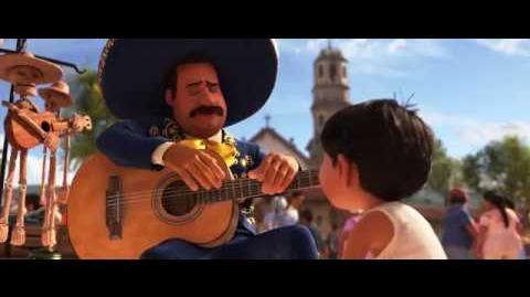 COCO de Disney•Pixar - Plaza del Mariachi