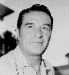 Arturo Fernández-1a1.jpg
