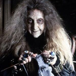Abuela Addams.jpg