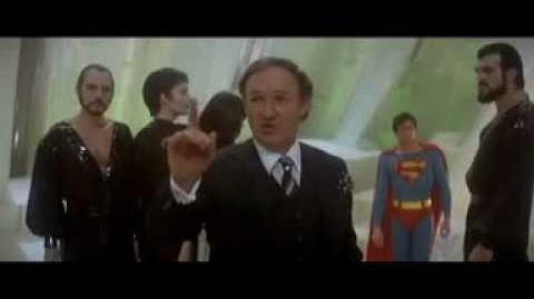 SUPERMAN 2 - CLIP (2) AUDIO LATINO ( CHRISTOPHER REEVE )