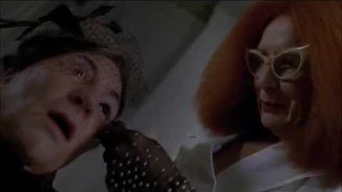 American Horror Story ''Coven'' - Myrtle mata al concejo
