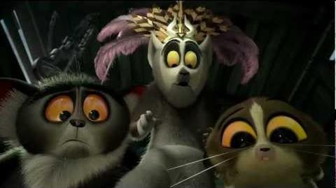 Madagascar 3 Osa Modelo Peluda Audio Latino HD