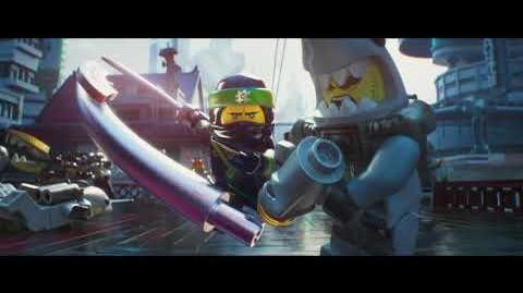 """LEGO® NINJAGO® - Lloyd 20"""" - Oficial Warner Bros"""