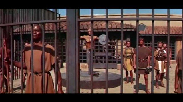 Espartaco (1960) - Redoblaje Latino Escuela de Gladiadores