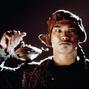 Jason Scott Lee as Aladino