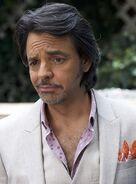 Eugenio Derbez (Máximo) Latin Lover
