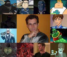Sergio y algunos de sus personajes.jpg