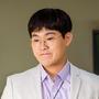 Kim-Min-seok-as-Park-Dong-chun
