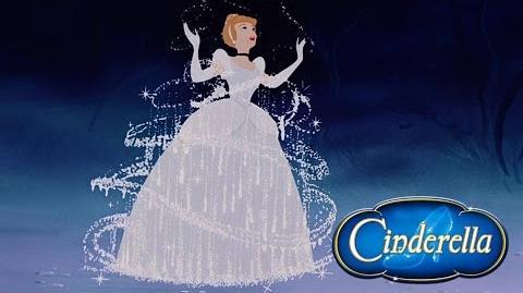 """Momento Disney """"Un Vestido Para Cenicienta"""""""