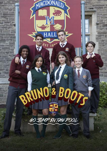 Bruno & Boots: Se lanzan a la piscina