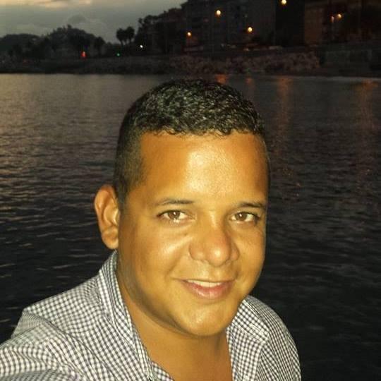 Carlos De León