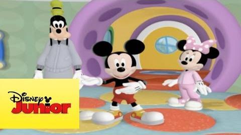 Mousekejercicios Mickey dice