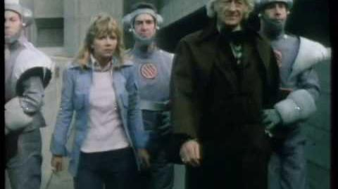 Jo_and_the_Doctor_are_captured_-_Frontier_in_Space