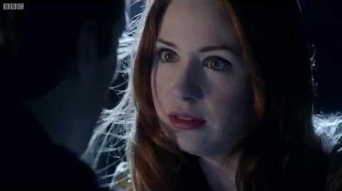 Amy_and_Rory's_final_chase_-_Doctor_Who_-_The_Angels_Take_Manhattan_-_BBC