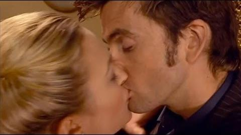 Reinette_and_the_Doctor_-_Doctor_Who_-_The_Girl_in_the_Fireplace