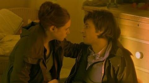 Rory_Dies_-_Doctor_Who_-_BBC