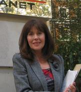 Elisabeth Sladen crop