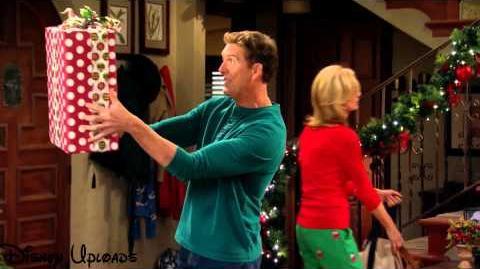 Stan_Steals_Christmas_-_Clip
