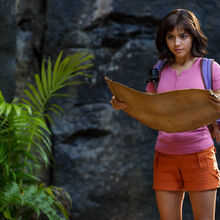 Dora-and-the-lost-city-of-gold-isabela-moner.jpg