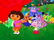 Dora-Senor-Tucan-dancing