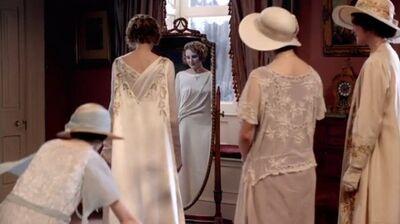 Ediths-dress.jpg