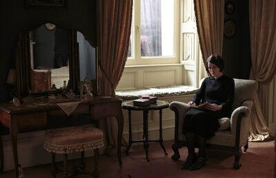 Lady-Mary-Crawley-2--a.jpg
