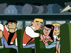 S03e10 Dash trying to flirt with Paulina