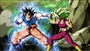 Goku luchando con Kefla