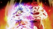 MnG Son Goku peleando contra Jiren