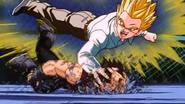 Baby en el cuerpo de Son Gohan atacando a Vegeta